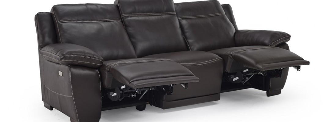 So Many Reclining Options Offered At Peerless Furniture